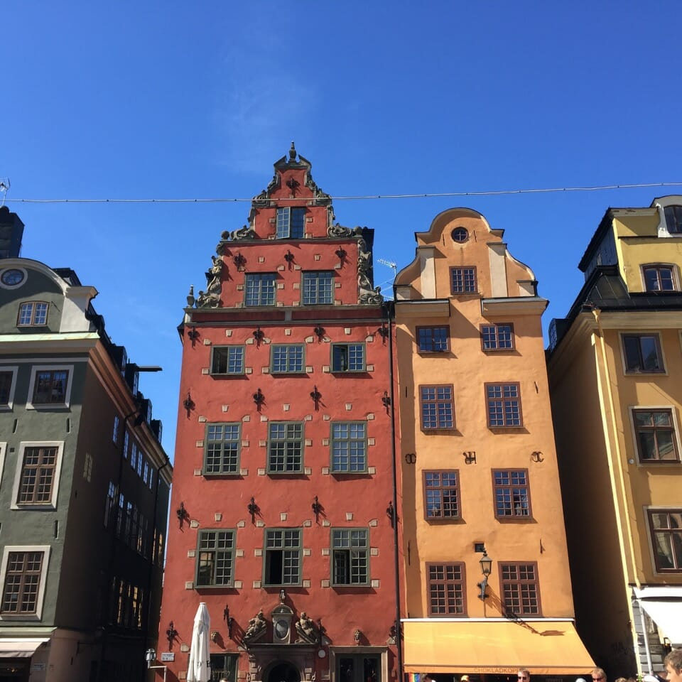Prédios antigos do Gamla Stan, Estocolmo.