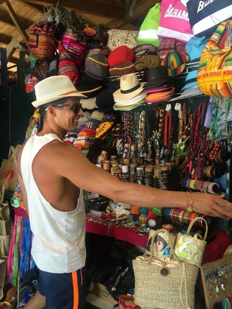 Straw market, Nassau