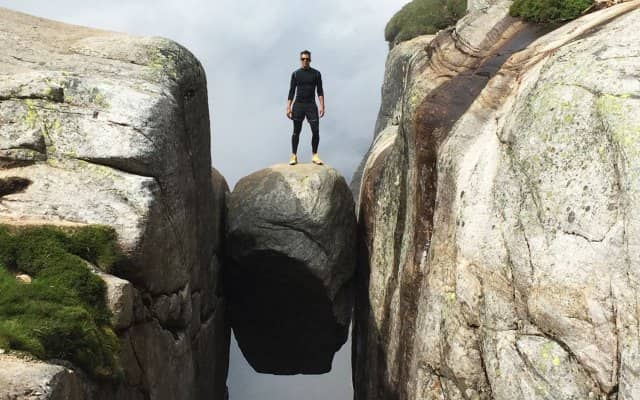 How to do Kjerag hike, Norway