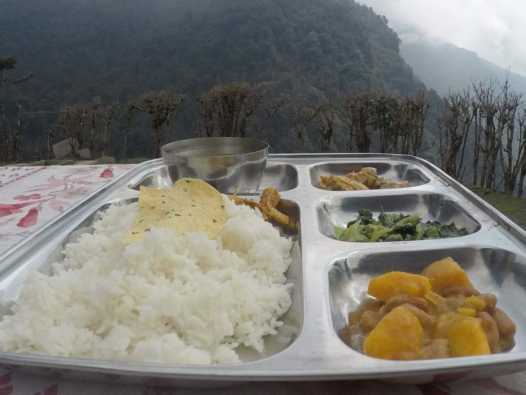 Almoço servido no Ghorepani Poon Hill trek