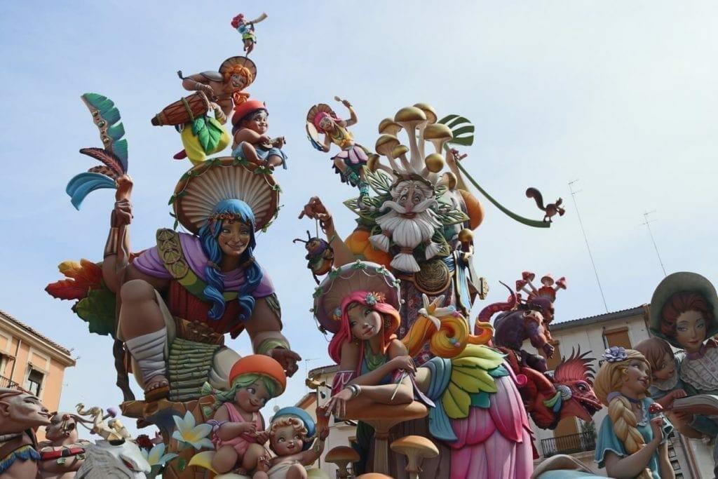 Fallas de Valencia: Un Festival Único y Espectacular