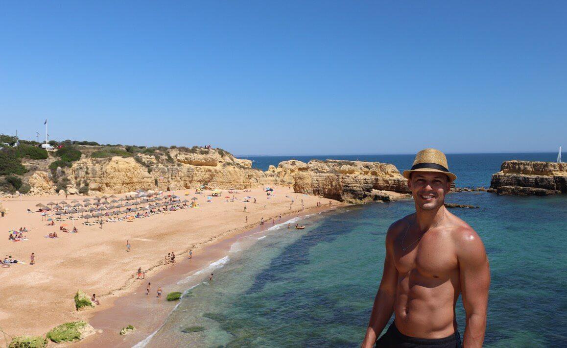 Praia do Castelo, uma das mais belas praias Albufeira