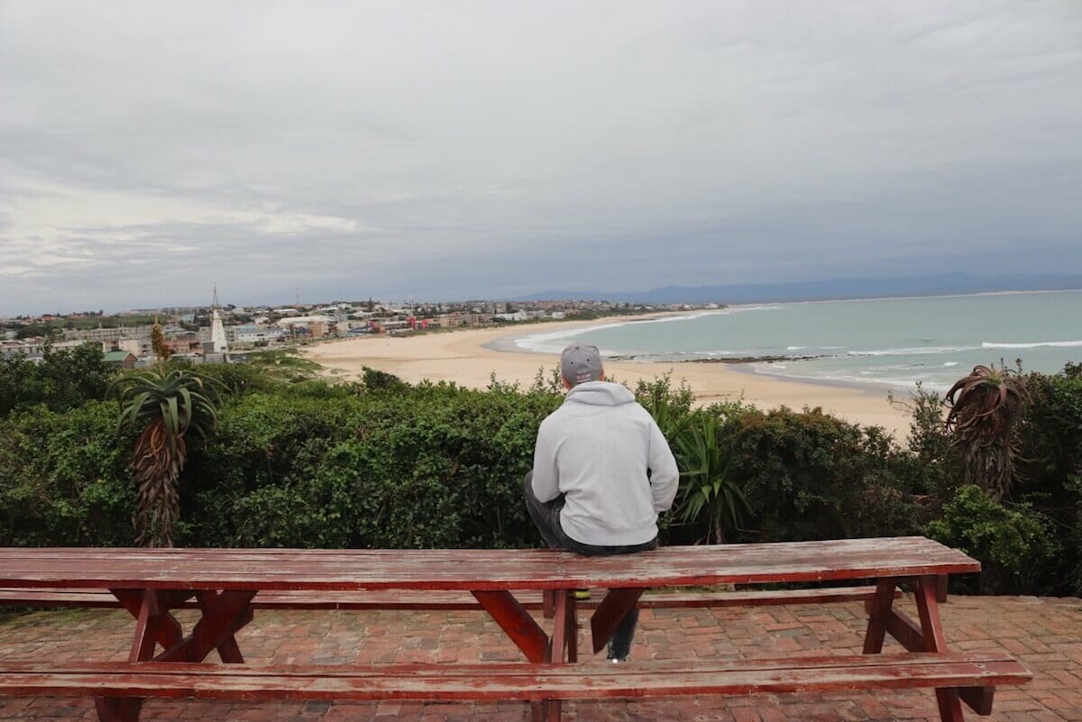 Island Vibe, in J-Bay, provides a very good view of the city and its beaches.
