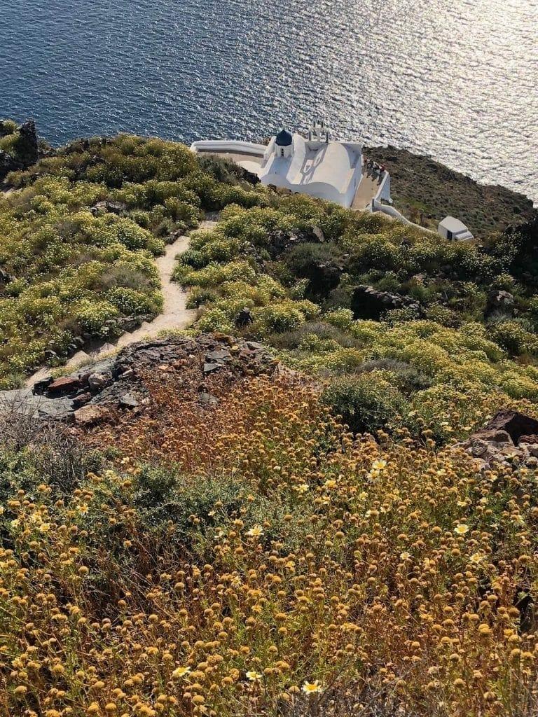 adventurous-things-to-do-in-imerovigli-santorini