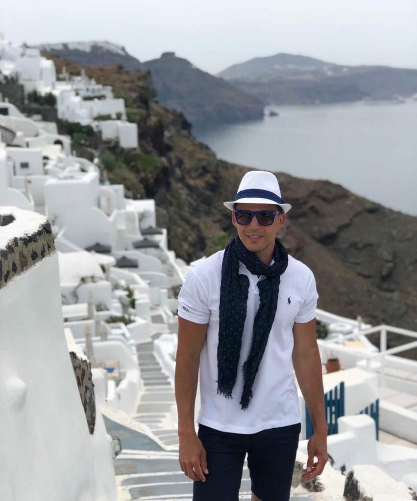 Best photo spots in Oia, Santorini