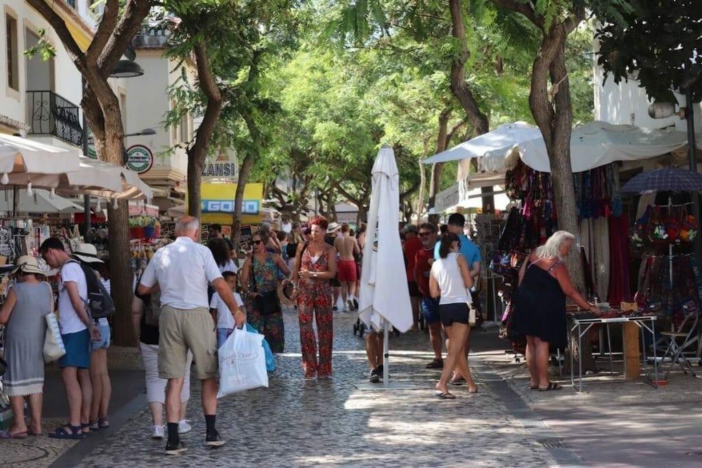 Shopping in Albufeira