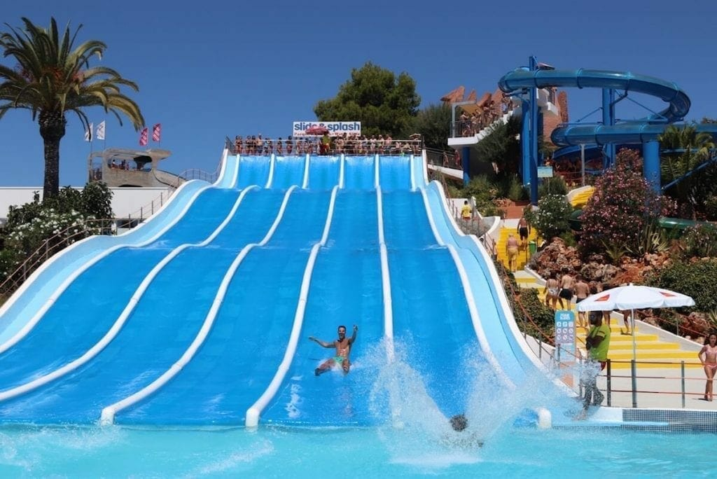 Spending the day at one of the Golden Coast waterparks is certain one of the most fun things to do in Algarve, for kids and adults alike.